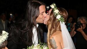 Γάμος Ευρυδίκης-Κατσιώνη: Το φωτογραφικό άλμπουμ του γάμου τους (exclusive videos+photos)