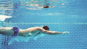 Τρεις τρόποι για να κολυμπάς πιο γρήγορα