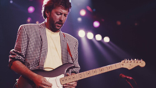 Ο σοφιστικέ Eric Clapton των '90s και το στυλ που μπορείς να μιμηθείς