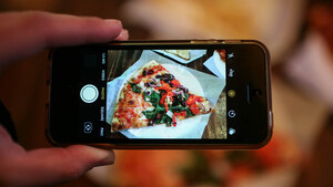 Για κάποιο λόγο, οι Millennials προτιμούν την πίτσα γιατί μοιάζει ωραία στο Instagram