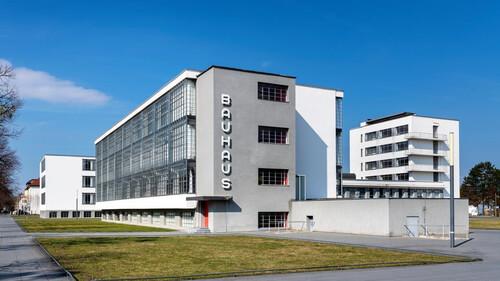 Πώς το Bauhaus έσωσε την αρχιτεκτονική από τη λήθη