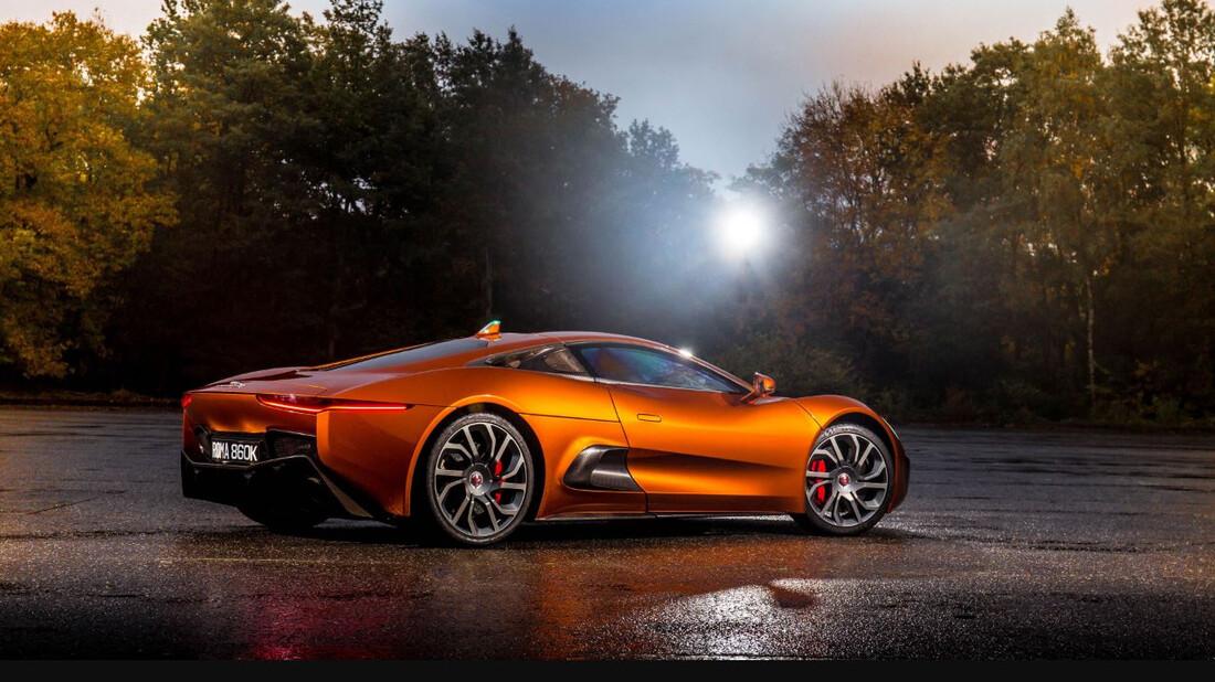 Το καλύτερο αμάξι σε ταινία του James Bond ήταν Jaguar