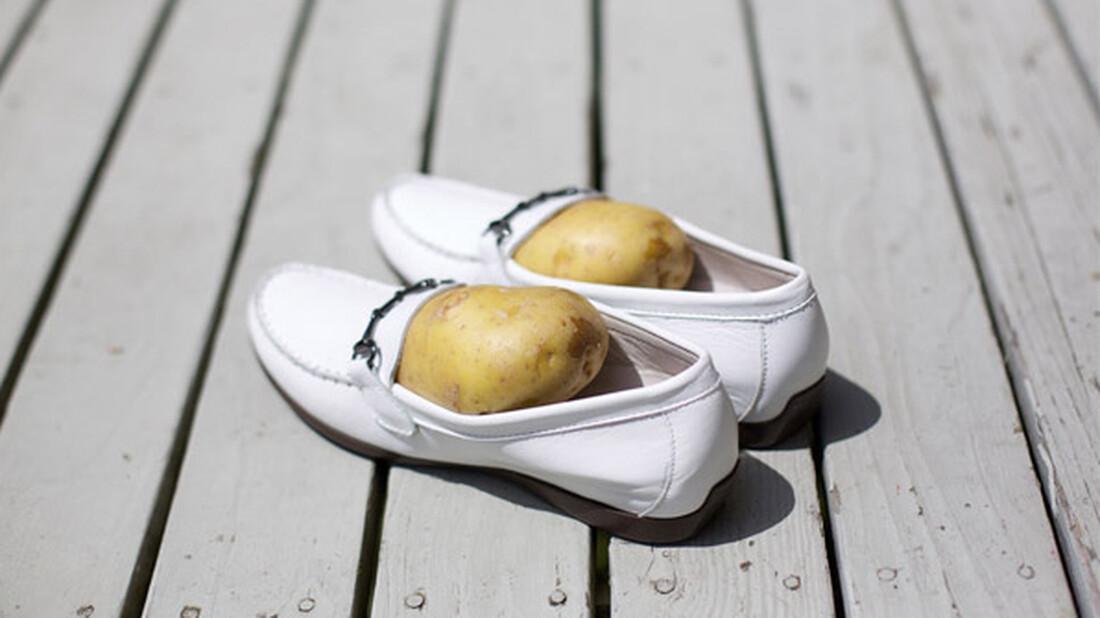 Ξέρεις τι θα γίνει αν βάλεις μια πατάτα στο παπούτσι σου;