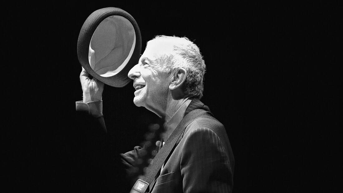 Το αιώνιο σκοτάδι του Leonard Cohen