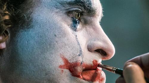 Joker: Η makeup artist της ταινίας εξηγεί πώς εμπνεύστηκε το μακιγιάζ που κάνουν όλοι στο Instagram