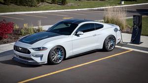 Όταν πρόκεται για Mustang, τότε όλοι σωπαίνουν
