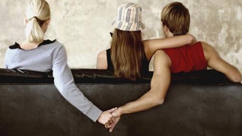 Τι ζώδιο είναι η γυναίκα σου; Αν είναι ένα από αυτά θα σε απατήσει!