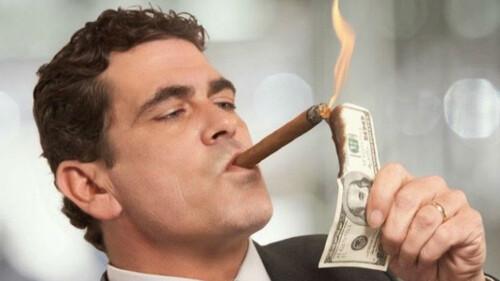 Τι έχει στην κατοχή του ο πιο πλούσιος άντρας στον κόσμο