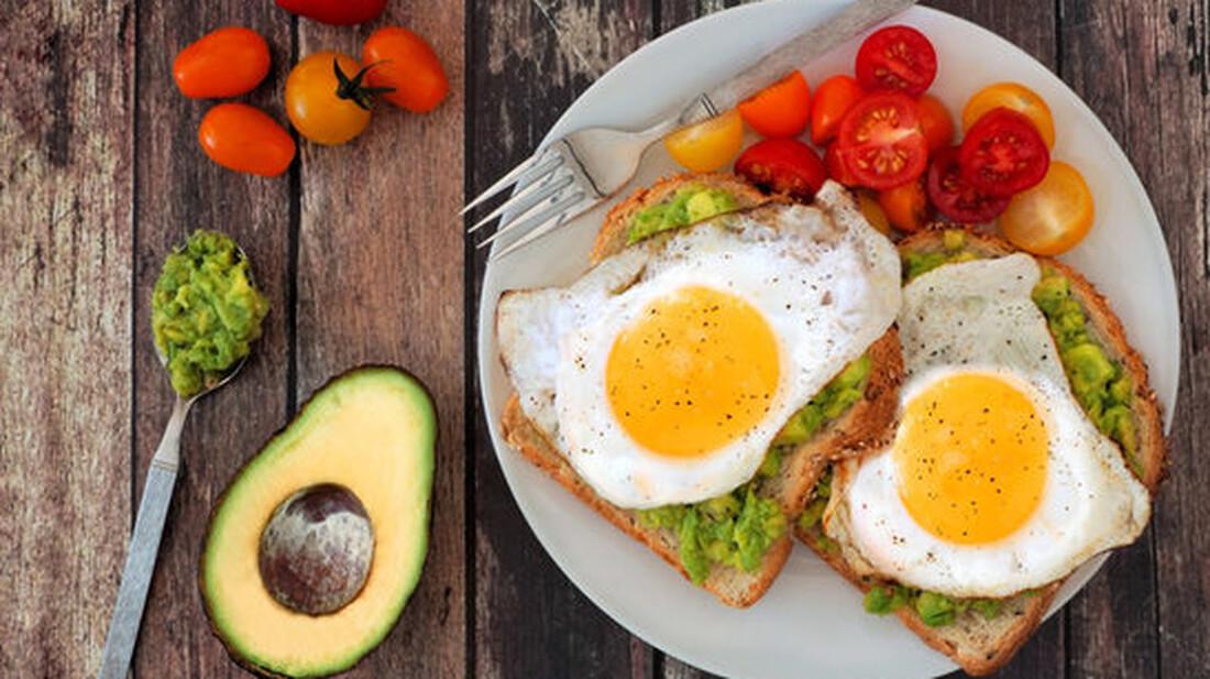 Πώς προτιμούν να μαγειρεύουν τα αυγά τους τα ανδρικά ζώδια