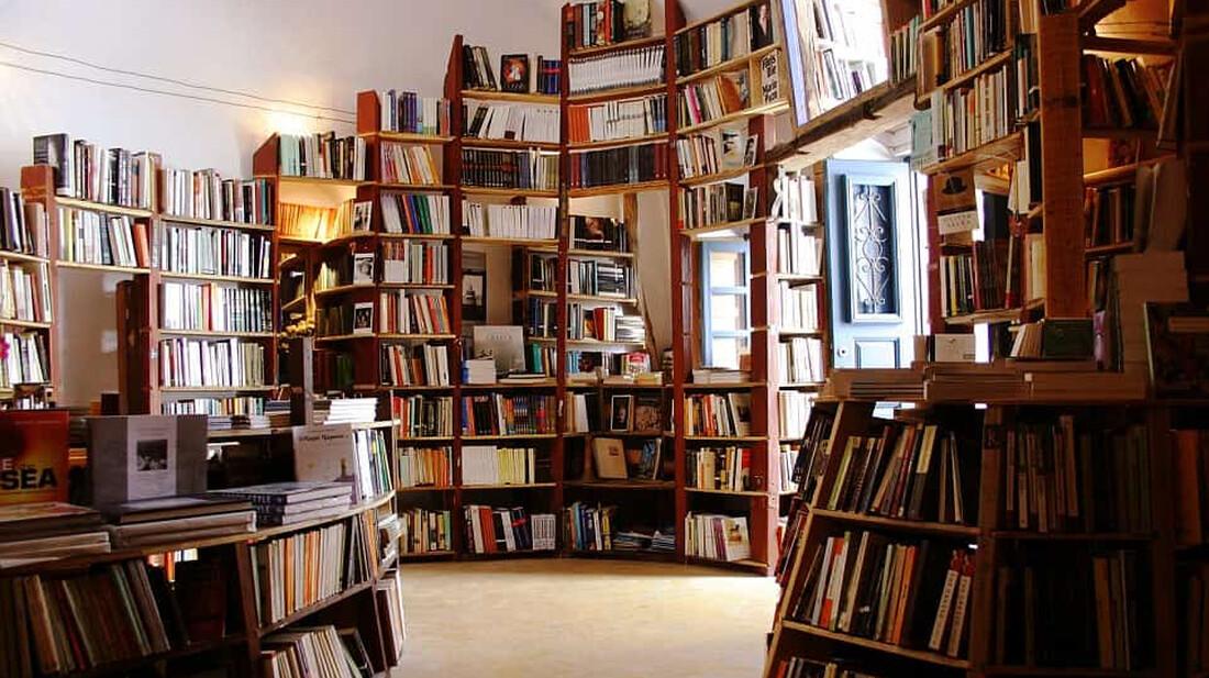 Τα βιβλία που πρέπει να διαβάσεις μέσα στις γιορτές