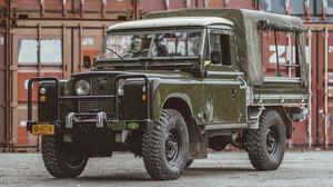 Ένα Land Rover έτοιμο για τις πιο απίθανες διαδρομές