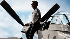 Στο νέο τρέιλερ του Top Gun: Maverick ο Tom Cruise συνεχίζει να είναι ο πιο cool πιλότος