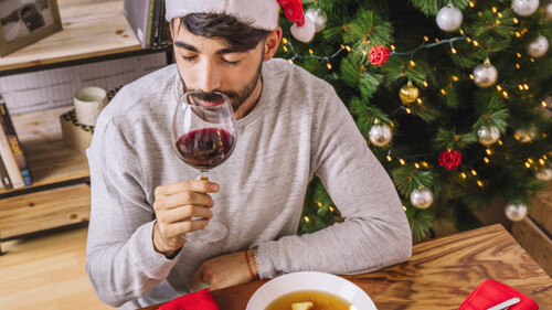 Τι ποτό θα πιούνε τα Χριστούγεννα τα ανδρικά ζώδια