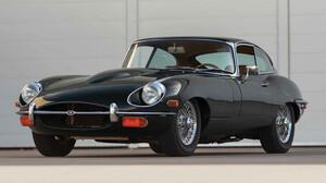 Αν υπάρχει ένα το τέλειο δώρο, αυτό είναι η Jaguar E-Type του 1970