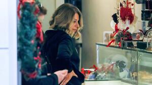 Η Έλλη Στάη στην πιο casual εκδοχή της (photos)