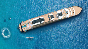 Σε αυτό το σκάφος θα είσαι καλύτερα κι από το Ritz