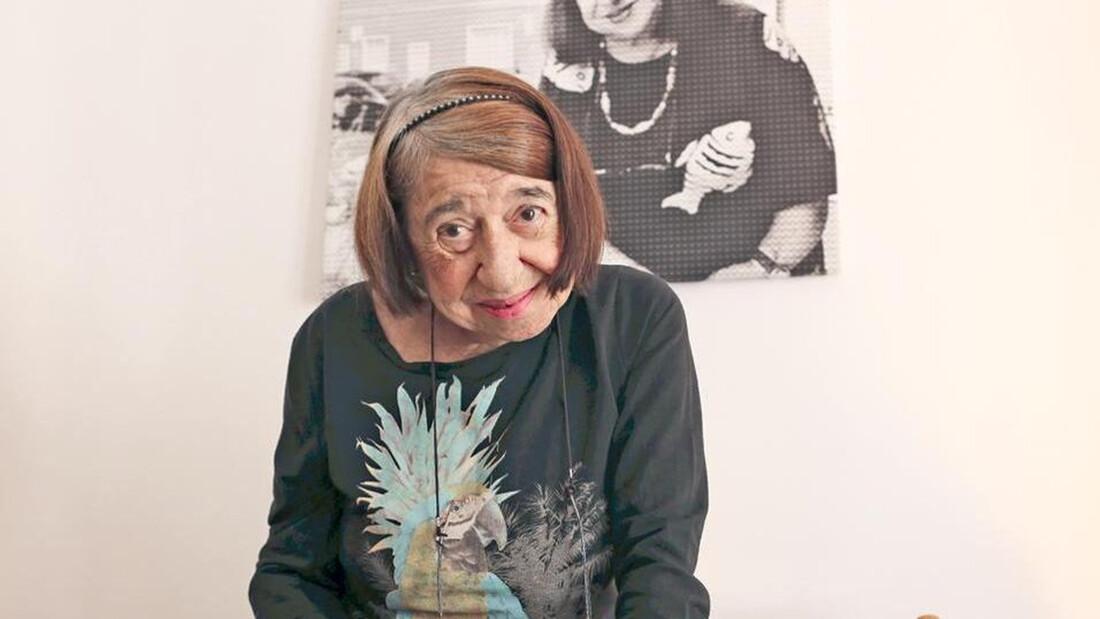 Πέθανε η ποιήτρια Κατερίνα Αγγελάκη-Ρουκ