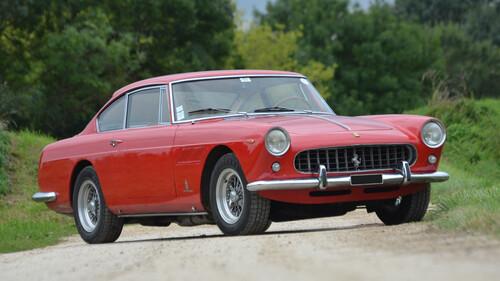 Η vintage γοητεία της Ferrari 250GTE