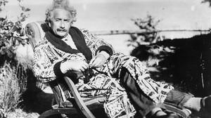 Δες γιατί ο Άινσταιν ήταν ο πιο παράξενος άνθρωπος του κόσμου