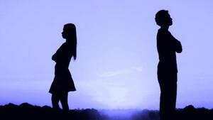 Διαζύγιο - «βόμβα» για πασίγνωστο Έλληνα τραγουδιστή μετά από 12 χρόνια γάμου (pics)