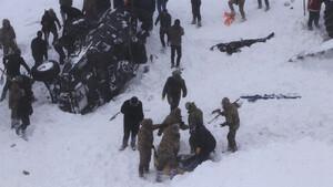Τραγωδία στην Τουρκία από χιονοστιβάδα με 21 νεκρούς – Σκοτώθηκαν και οι διασώστες (pics)