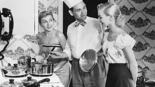 Οι γυναίκες κάνουν ακόμα τις περισσότερες δουλειές του σπιτιού