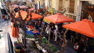 Η λαϊκή αγορά της Καλλιδρομίου είναι σημείο συνάντησης μίας ολόκληρης γειτονιάς
