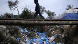 Δημοσκόπηση-«βόμβα» για το μεταναστευτικό: Οι νησιώτες θεωρούν τους μετανάστες απειλή