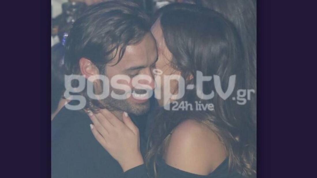 Είναι full ερωτευμένοι και δεν το κρύβουν – Οι αγκαλιές και το γλυκό φιλί στον σύντροφό της (photos)
