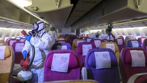 Αυτή είναι η σωστή θέση στο αεροπλάνο για προστασία από τον κορονοϊό