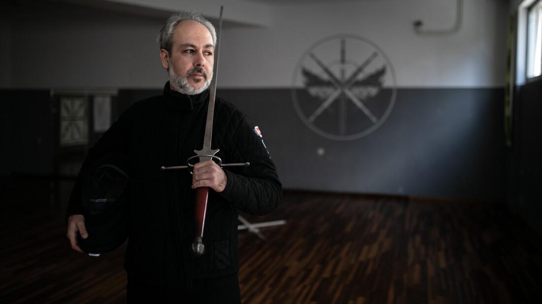 Ο Ρένος Ταμπακάκης είναι ο ιππότης του 21ου αιώνα
