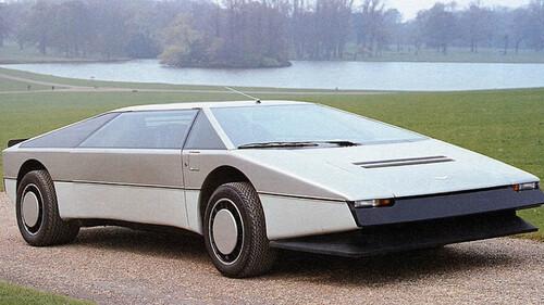 Η Aston Martin Bulldog έρχεται από το μέλλον