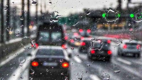 Βροχή στην Αθήνα σημαίνει καταστροφή στην Παραλιακή