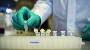 Έχει νόημα το εμβόλιο που όλοι περιμένουμε για τον κορονοϊό;