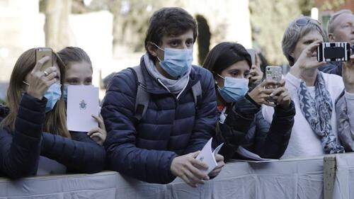 Κορονοϊός: Τι συμβαίνει με τις μολυσμένες μάσκες;