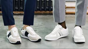 Αυτά είναι τα λευκά sneakers που χρειάζεσαι για την άνοιξη