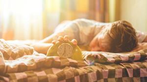 7 έξυπνα gadgets που θα φροντίσουν να ξυπνάς σαν άνθρωπος
