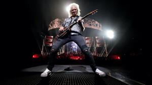 Πώς να παίξεις τα σόλο του Brian May τώρα με την καραντίνα