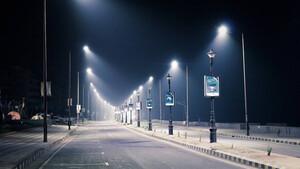 Τρόμος: Δείτε τι εμφανίστηκε στους δρόμους πόλης που είναι σε καραντίνα (pics)