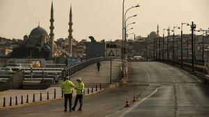 Κορονοϊός: Ανατριχιαστικές εικόνες από την Κωνσταντινούπολη - Έρημη πόλη σε καραντίνα