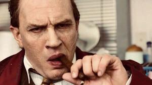Capone: O Tom Hardy μεταμορφώθηκε σε γκάνγκστερ και έχουμε το τρέιλερ