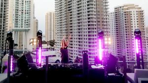 Ο David Guetta έφερε την Ανάσταση από τα decks του