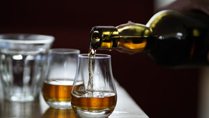 Whiskey: Το πληρέστερο εγχειρίδιο για τη slang του διάσημου ποτού