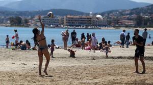 Ένα διαφορετικό καλοκαίρι σε μια διαφορετική Ελλάδα