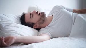 Οι άντρες που προτιμούν να κοιμούνται μόνοι τους