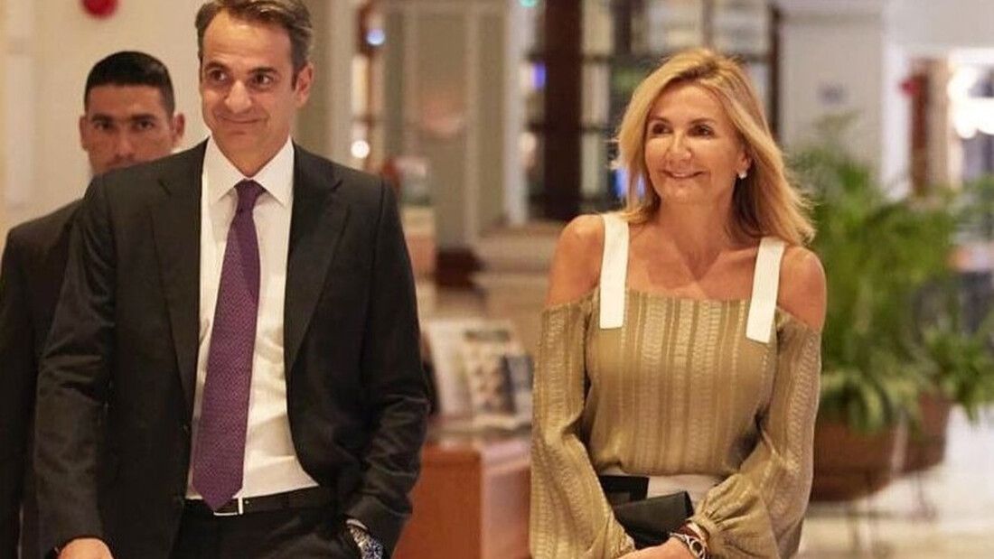Μαρέβα Μητσοτάκη: Έκανε την ανατροπή! Το street look που δεν περιμέναμε από σύζυγο πρωθυπουργού!