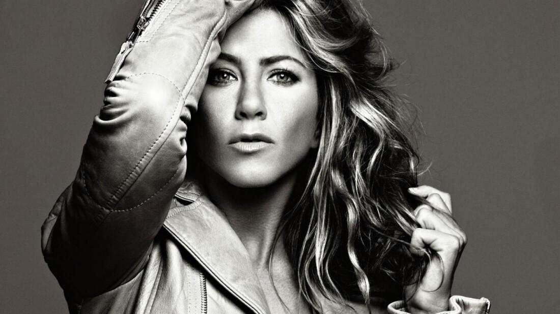 Η ασπρόμαυρη πτυχή της Jennifer Aniston