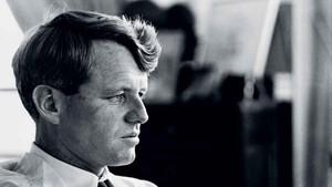 Bobby Kennedy: Το αμερικανικό όνειρο έσβησε στην κουζίνα