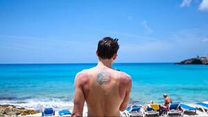 Πόση ώρα μπορείς να μείνεις στον ήλιο αν βάλεις αντηλιακό;