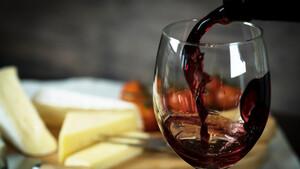 Τελικά σε παχαίνει το αγαπημένο σου κρασί;